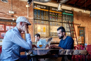 cafes vs coworking spaces