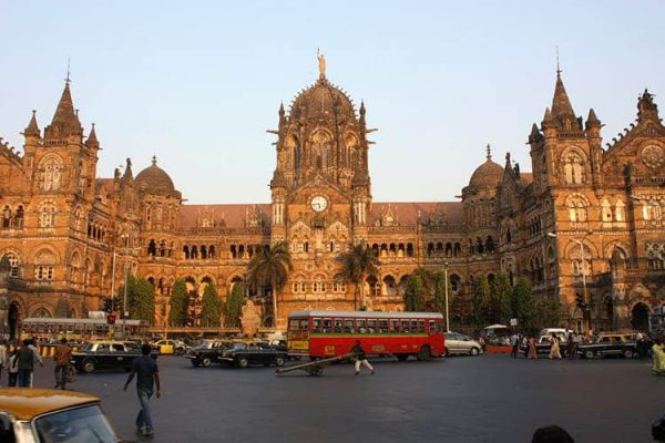 Freelance artists, working professionals, digital nomads all flock to Mumbai to give wings to their careers.